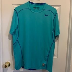 Nike Hypercool Pro Combat Fitted Short Sleeve XL